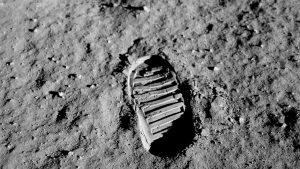 Das berühmte Foto vom Stiefelabdruck auf dem Mond