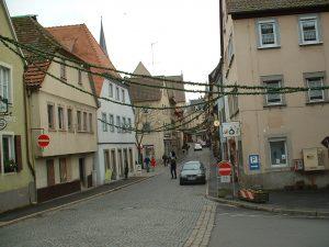 Brückenstraße in Ochsenfurt am 5. Dezember 2002