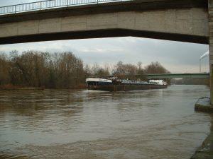 Ehemalige Neue Mainbrücke in Ochsenfurt am 5. Dezember 2002