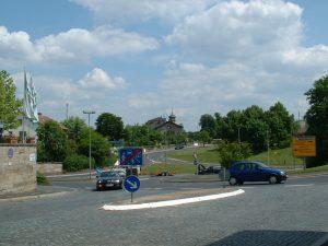 Blick vom Oberen Torturm in Ochsenfurt auf die B13