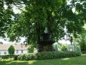 Brunnen in der Nähe des Oberen Torturms in Ochsenfurt