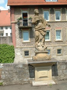 Bildstock oberhalb Stadtgraben in Ochsenfurt am 16. Mai 2003