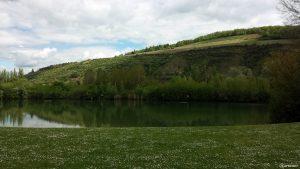 Badesee bei Erlabrunn im Landkreis Würzburg am 14. Mai 2021
