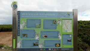 Infopunkt im Naturschutzgebiet Höhfeldplatte bei Thüngersheim