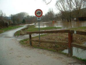 Hochwasser in Goßmannsdorf am Main am 6. Januar 2003
