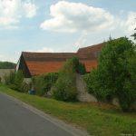 Letzte Überreste des Landwehrgrabens am Lehmgrubenweg - dort ist heute ein Parkplatz eingerichtet.