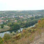 Blick vom Panoramahöhenweg auf Goßmannsdorf am Main