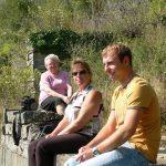 Gerda, Mäggi und Florian Schmitt in ehemaligem Weinberg an der Bohleite