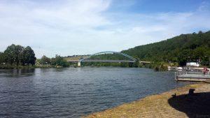 Mainbrücke Segnitz von Marktbreit aus gesehen