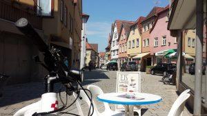 Rast am Eiscafé Lazzaris in Ochsenfurt