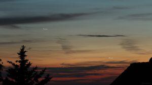 Konstellation Venus und schmale Mondsichel am 11. Juni 2021