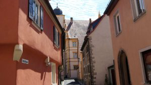 Schlossgasse und Seinheimsches Schloss in Marktbreit