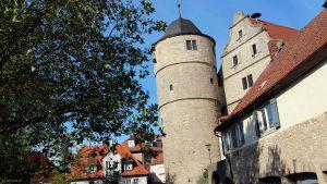 Schwarzer Turm und Rathaus in Marktbreit