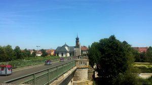 Alte Mainbrücke und Kreuzkapelle in Kitzingen