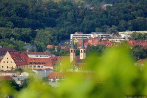 Blick vom Würzburger Schalksberg auf die Don-Bosco-Kirche