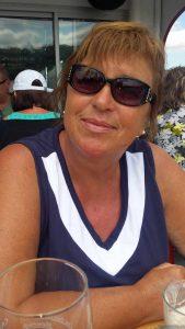Mäggi Schmitt auf dem Sonnendeck der MS Undine