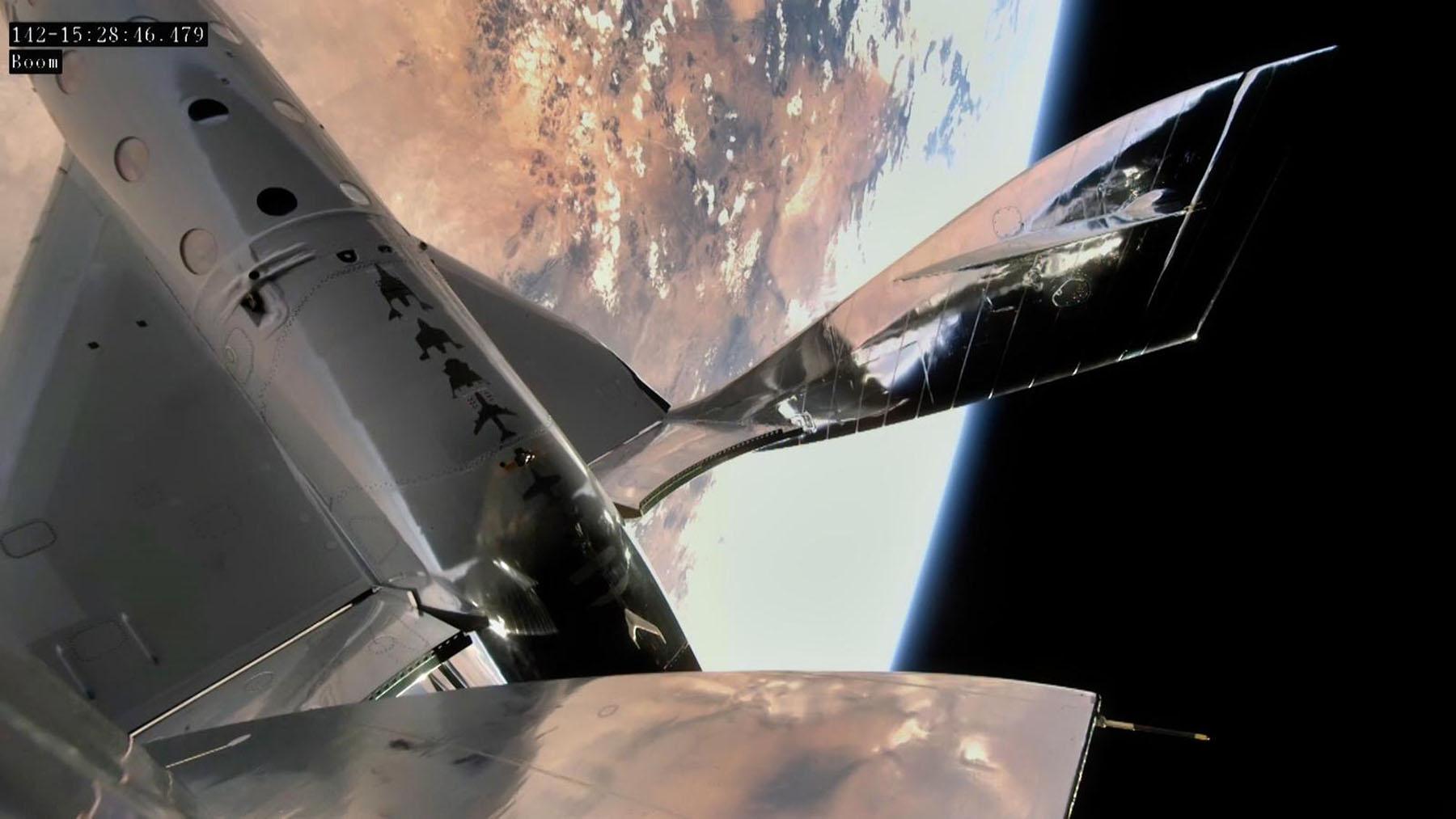 VSS Unity im Weltraum über New Mexico