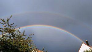 Doppel-Regenbogen am 8. August 2021 um 19:48 Uhr