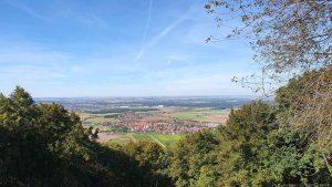 Blick vom Schwanberg auf Rödelsee