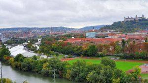 Blick vom Würzburger Stein auf das Gelände der Mainfranken-Messe