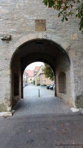 Historische Hochwasserstände des Mains am Maintor (Meetor) in Frickenhausen