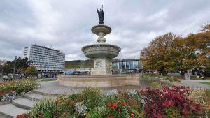 Kiliansbrunnen am Bahnhofsvorplatz in Würzburg