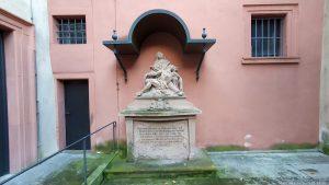 Pieta im Lusamgärtchen in Würzburg